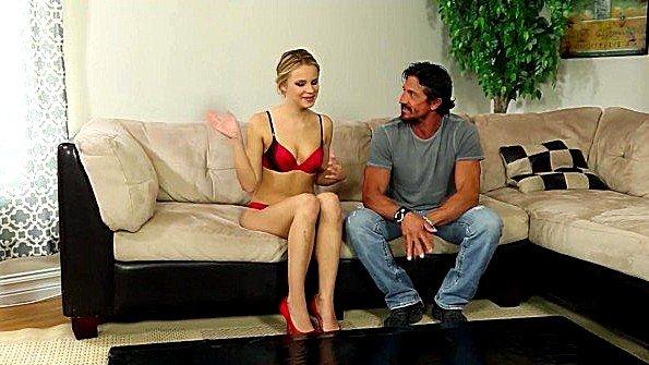 Девонька худенькая на массаже помладше (Eric Masterson, Jillian Janson, Tommy Gunn)